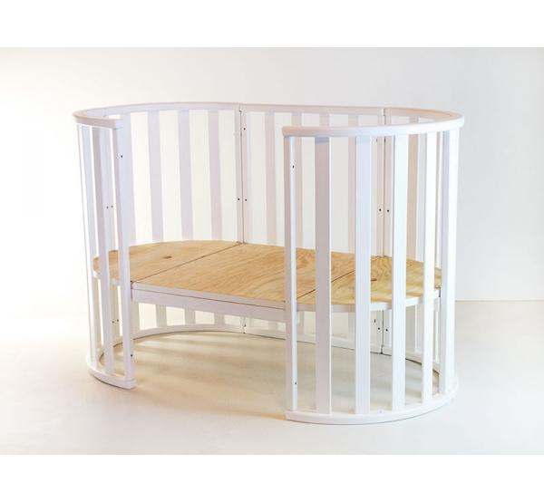 Овальная детская кроватка-трансформер