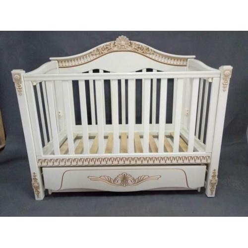 Детская кроватка «VIVA Victoria» ваниль, белая +золотое патинирование