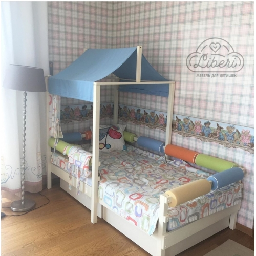 """Кровать детская деревянная """"Домик"""""""